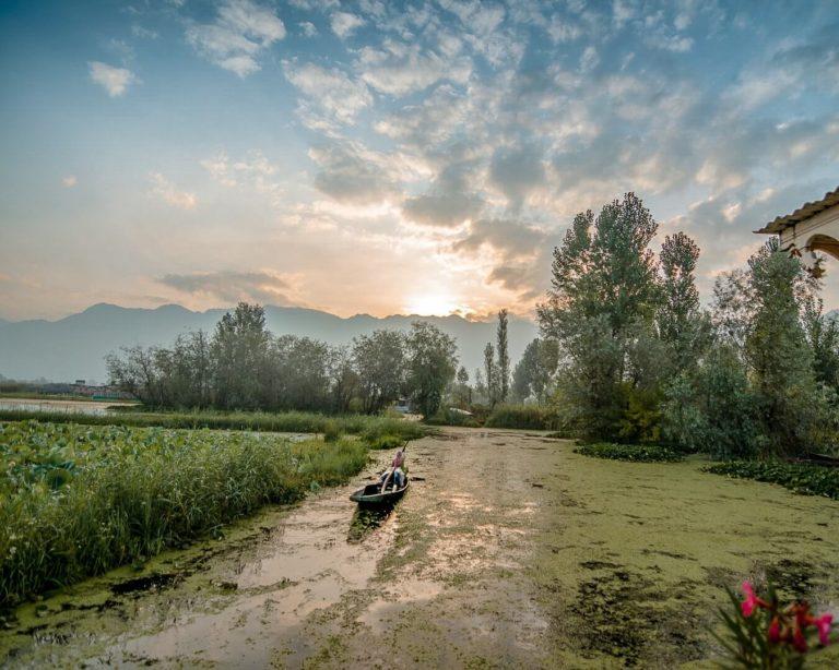 Srinagar_Kashmir_Dallake